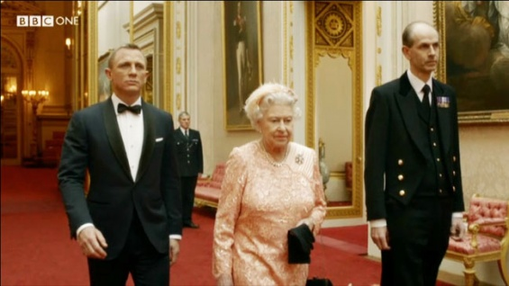 james_bond_queen_elizabeth_opening_ceremonies