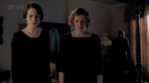 lady-mary-lady-edith-downton-abbey