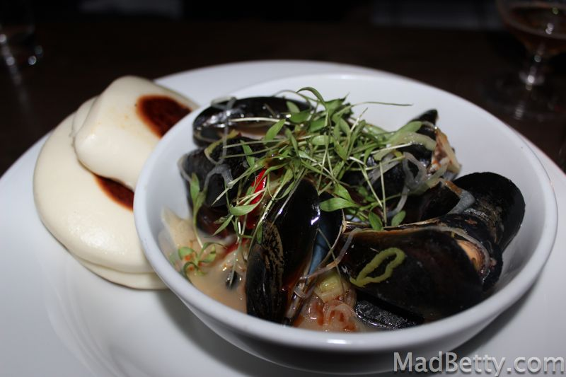 sake steamed mussels in a thai red curry sauce sake steamed mussels ...