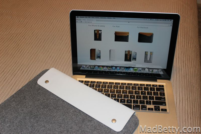 Mujjo sleeve and MacBook Pro