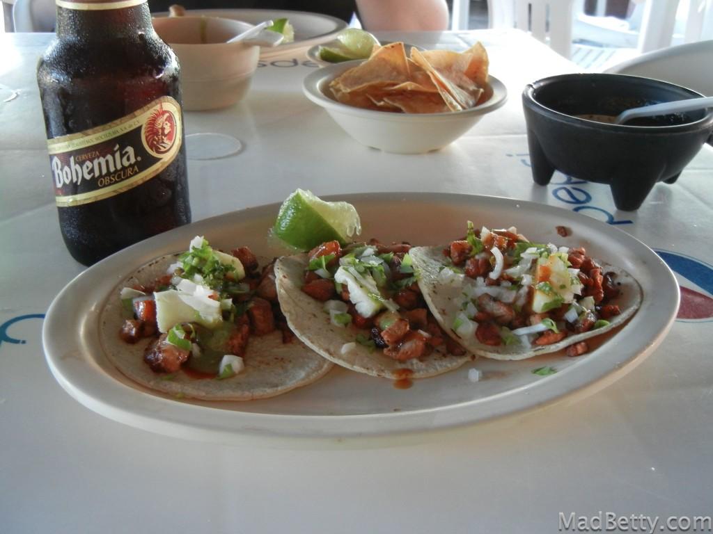 Las Utates Cozumel tacos