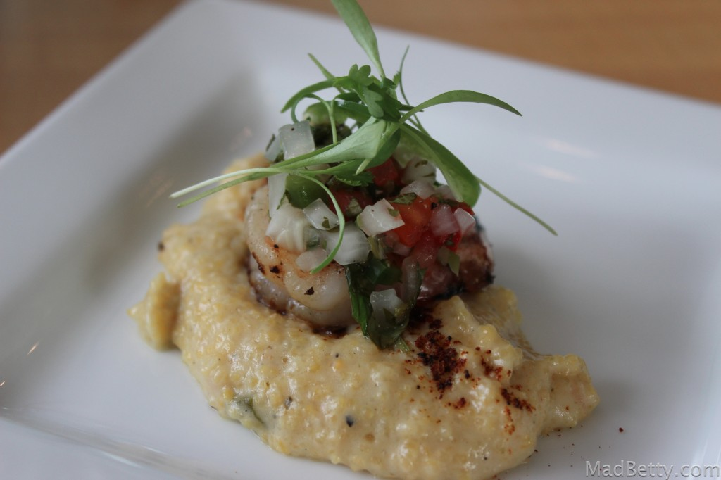 Hugo's Shrimp and Grits